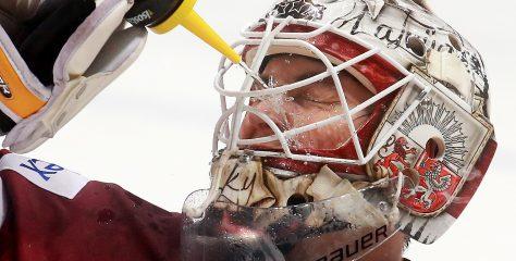 Merzļikins iet pretī NHL