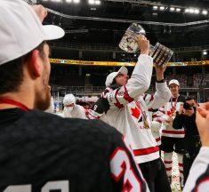 Kanāda parāda hokeja dzimtenes raksturu – pasaules čempionāta zelts